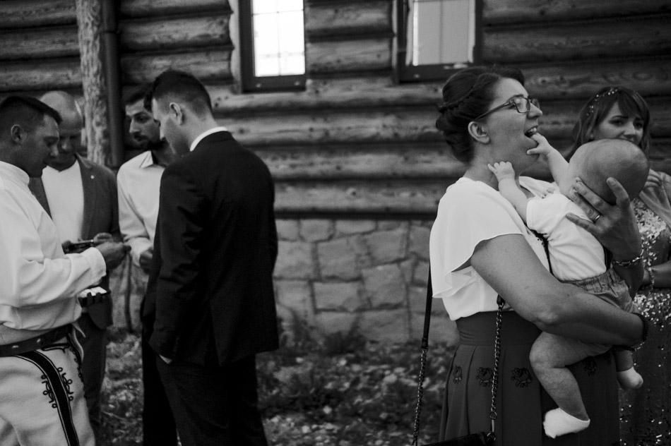 zabawne zdjęcia gości weselnych