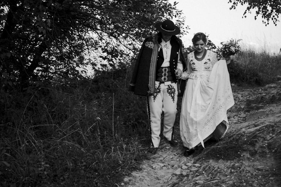 krótki plener ślubny podczas wesela