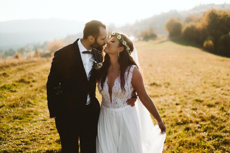 jesienny plener ślubny w górach