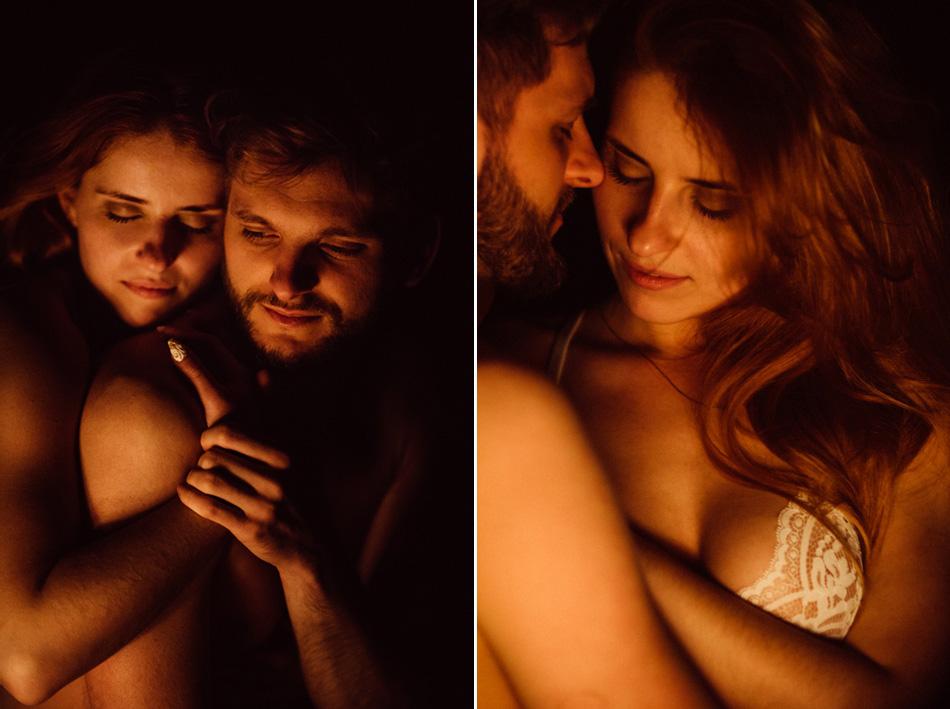intymna sesja randkowa przy ognisku w górach